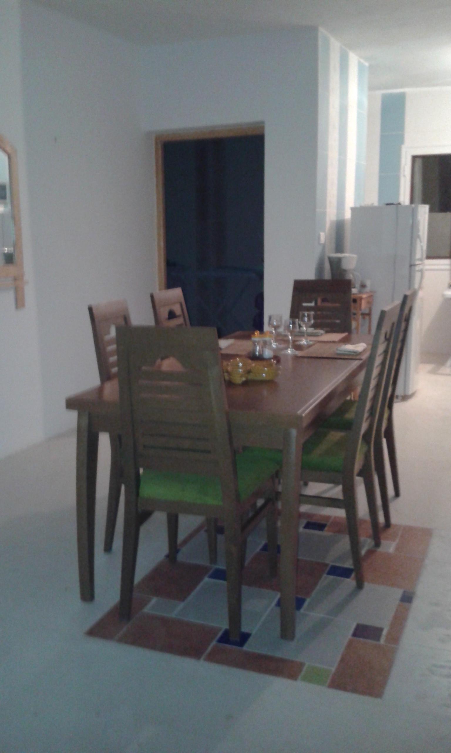 Notre nouvelle table dans notre maison a zarzis